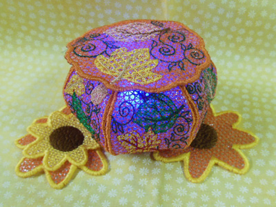 FSL Pumpkin Tea Light Holders Embroidery Machine Design